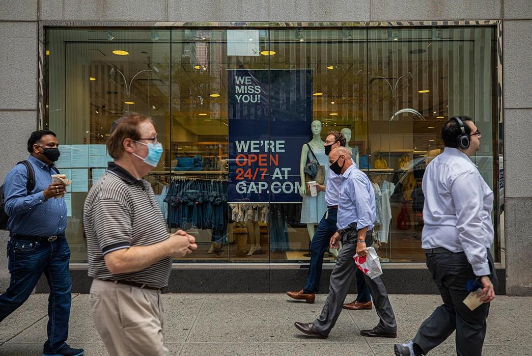 Retail-Chains-Abandon-Manhattan---The-Weekly-Rundown