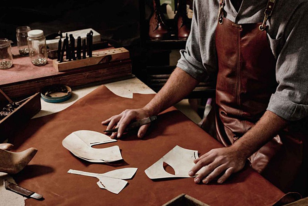 A-Beginner's-Guide-to-Leatherwork-Image-via-Euce