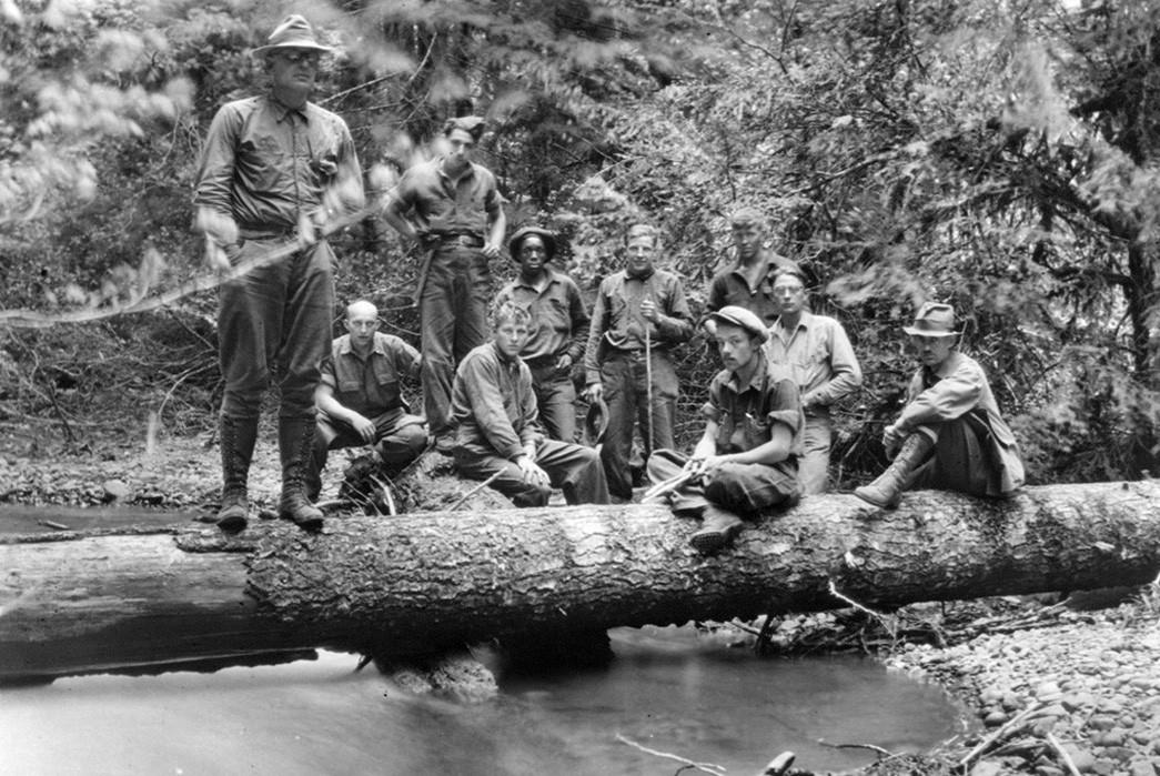 Civilian-Conservation-Corps-Core-CCC-enlistees.-Image-via-JSTOR.