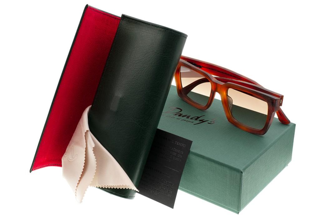 Self-Edge-Welcomes-Italian-Eyewear-Brand,-Dandy's-with-box