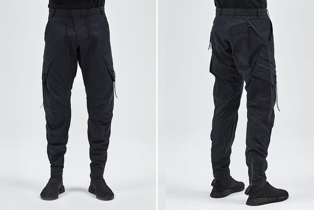 Drawstring-Tech-Pants---Five-Plus-One-Plus-One---Enfin-Leve-Ameztu-Cargo-Pants