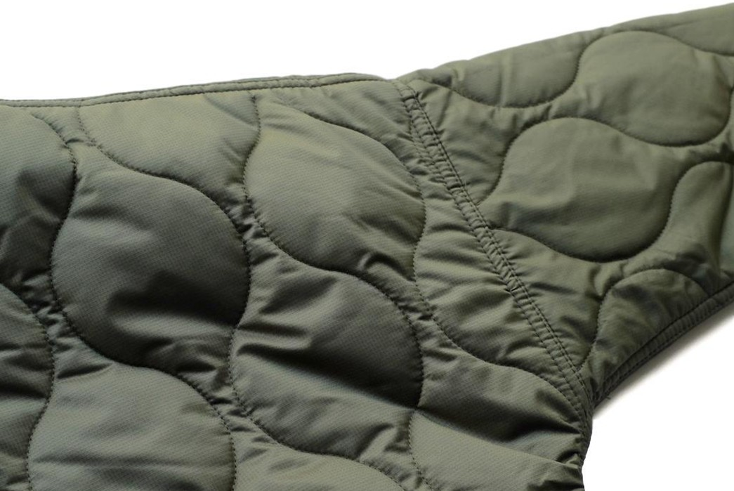 Thinsulate-Your-Body-With-FDMTL's-Quilted-Haori-Jacket-back-soulder