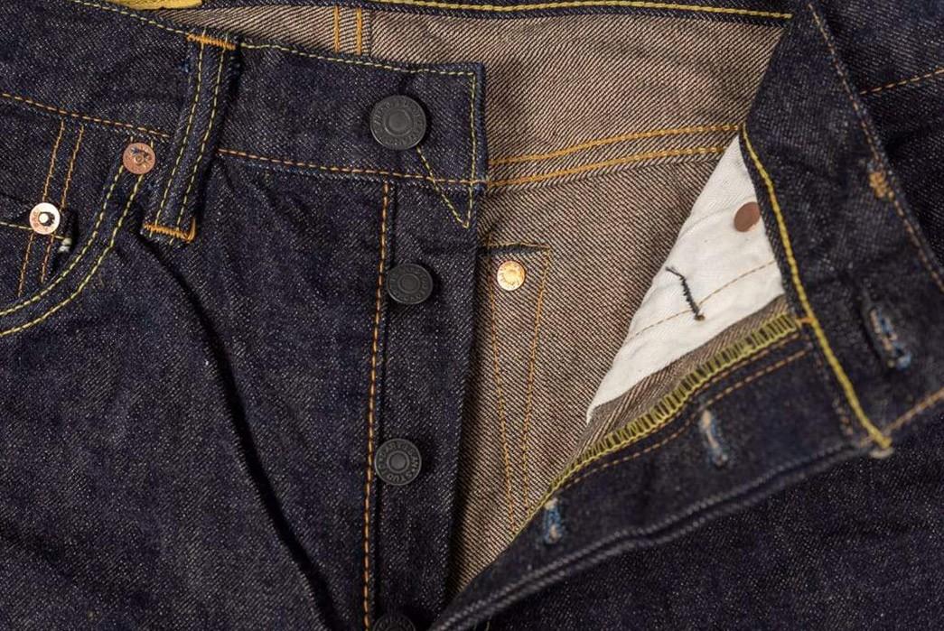 Studio-D'Artisan-Renders-Relax-Tapered-Jeans-In-California's-Foxfibre-front-top-open