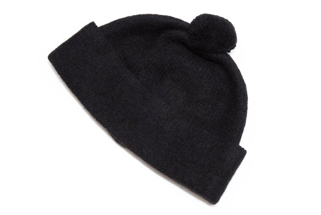 MHL-Bobbles-Up-With-British-Made-Felted-Hats-black