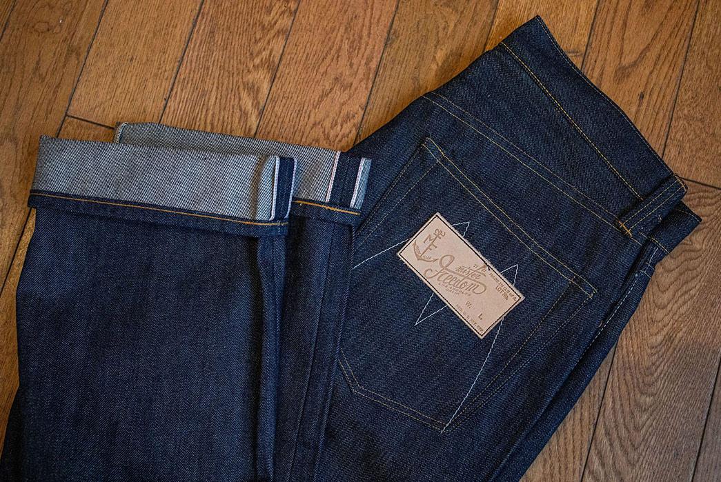 Franklin-&-Poe-Restocks-Mister-Freedom's-Classic-Lot.-64-SC66-Denim-Jeans-folded