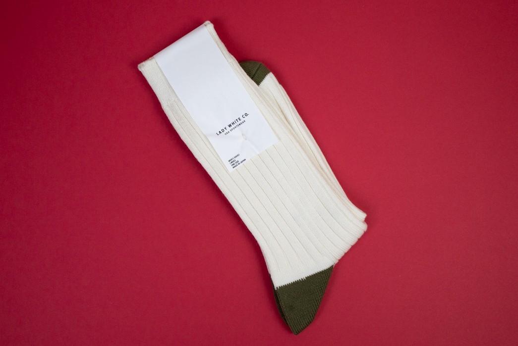 The-Great-White-Sock-Review-white-green-socks