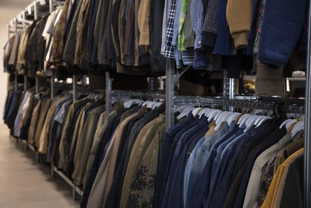 Marrkt-Authenticating-Secondhand-hanged-jackets