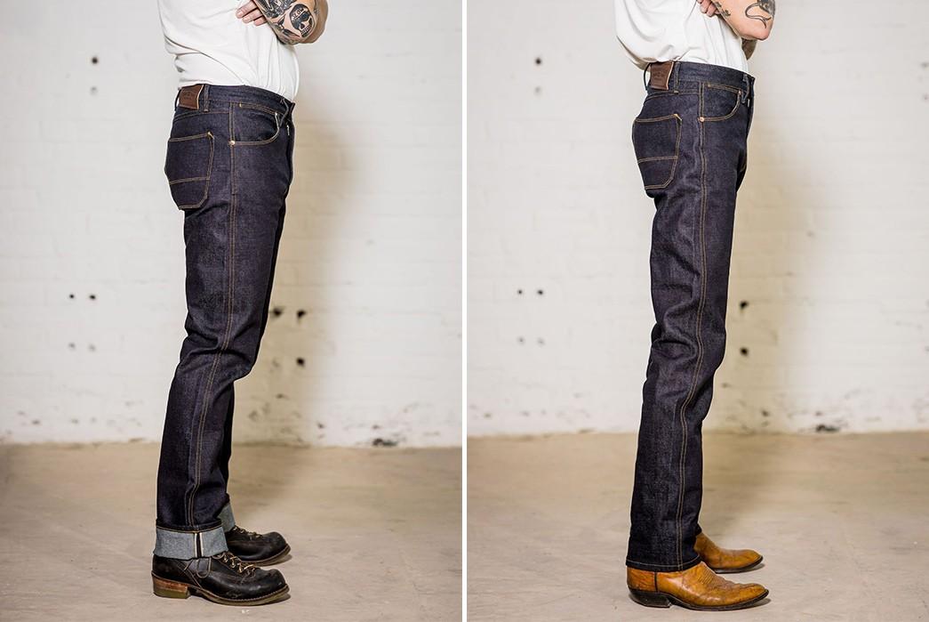 Straddle-2021-In-Freenote-Cloth's-Wilkes-Jean-In-Kaihara-Mills-Denim-model-sides