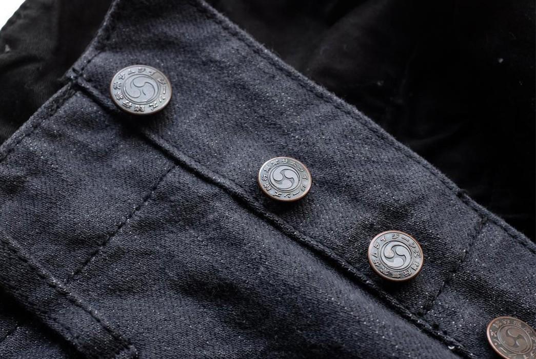 Break-In-Samurai's-SJ48CP-Broken-Twill-Chinos-front-top-buttons