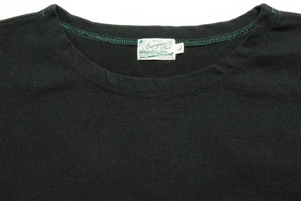 Burgus-Plus-Kicks-Back-With-Its-Roomy-Basque-L-S-front-dark-collar