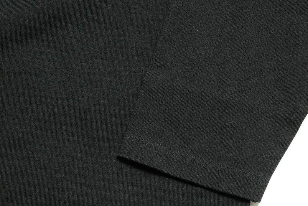 Burgus-Plus-Kicks-Back-With-Its-Roomy-Basque-L-S-front-dark-sleeve