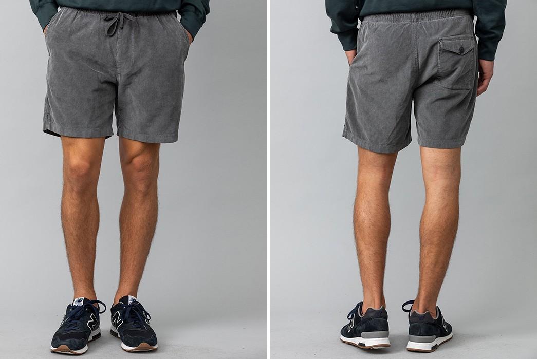 Save-Khaki-Takes-It-Easy-In-16-Wale-Corduroy-dark-grey-model-front-back
