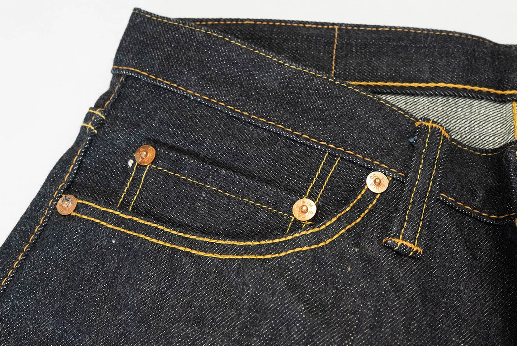The-Flat-Head's-Popular-3002-Is-Available-Again-front-top-new-right-pocket
