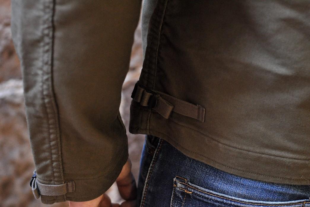 Freewheelers'-USN-Deck-Worker-Jacket-Is-Back-model-sleeve
