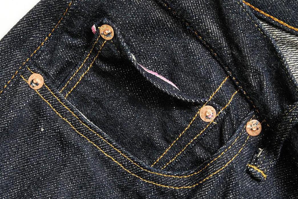 ONI's-515-Kiraku-II-Trims-The-Fat-But-Keeps-The-Slub-front-right-pockets