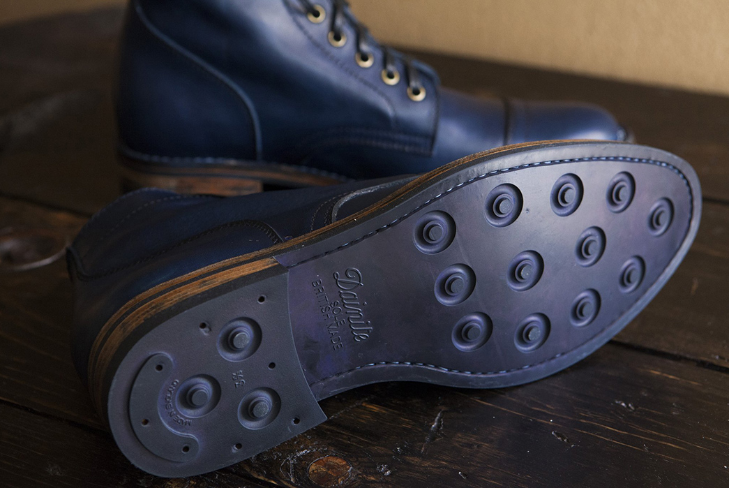 Pigeon-Tree-Crafting's-First-Santalum-Collab-Boot-Is-Back-In-Super-Limited-Quantities-pair-bottom-and-side