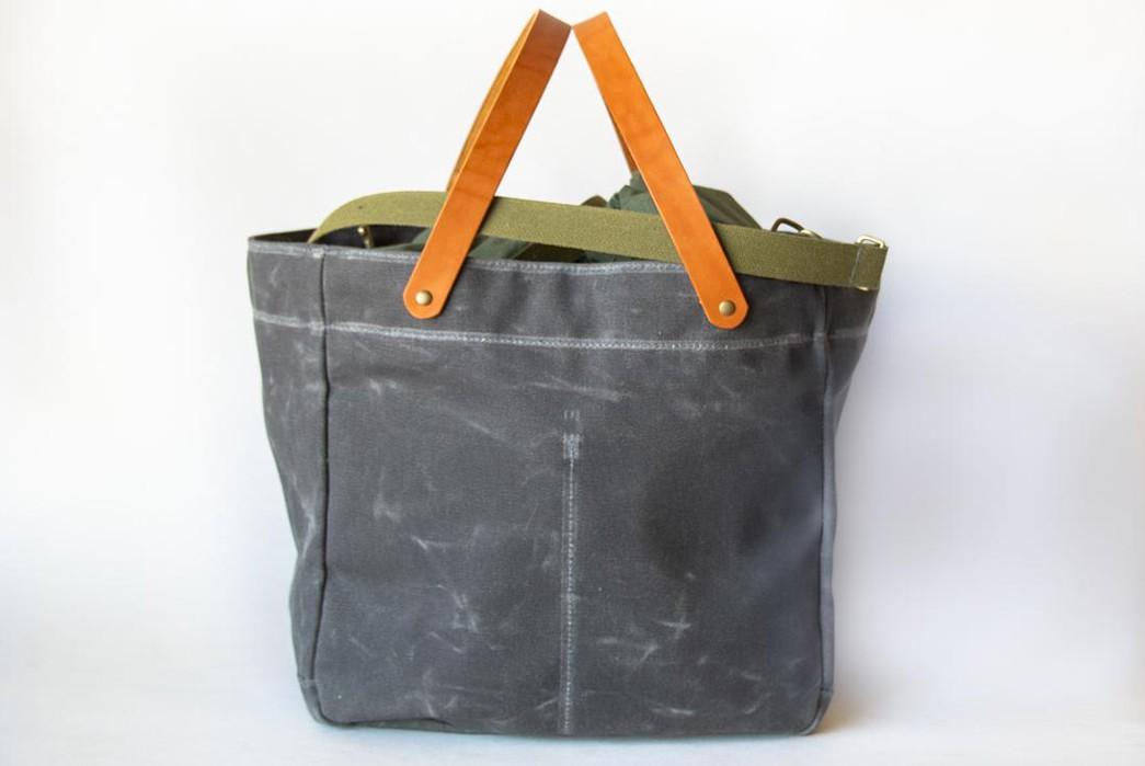 Winter-Session's-Picnic-Bag-Is-The-Ultimate-Al-Fresco-Companion-front