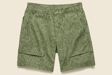 Drop-Into-Summer-With-RGT's-Rain-Camo-Fatigue-shorts-front