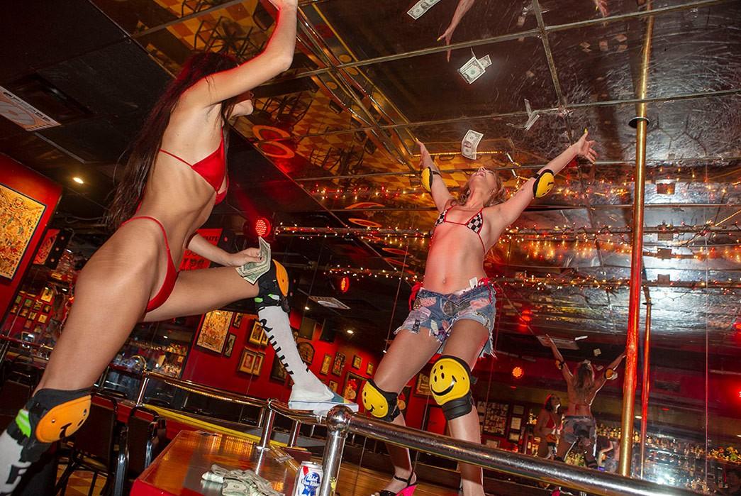 Erik-Kvatek-Shoots-Provocative-Lookbook-For-Kapital-Kountry-two-females-in-striptease-bar