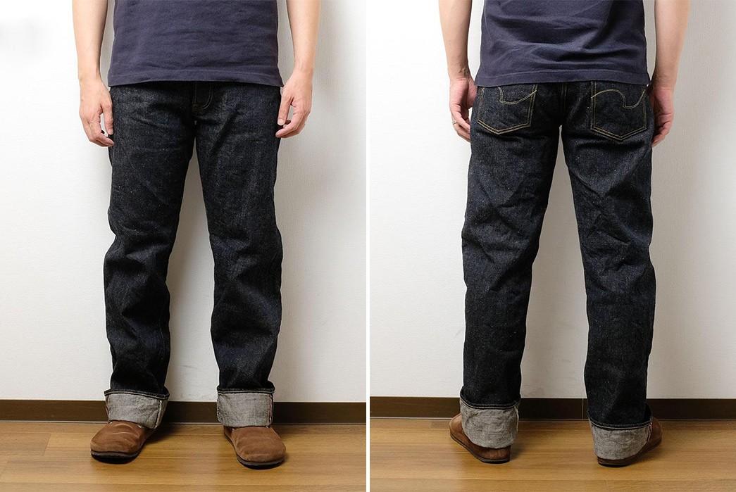 ONI-Renders-Relaxed-Straight-Jeans-In-Demonic-Natural-Indigo-Selvedge-Denim-model-front-back