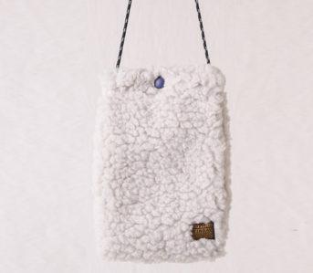 Add-A-Splash-Of-Texture-With-Kapital's-Boa-Fleece-Sacoche